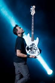 Игра на бас гитаре - подводные камни