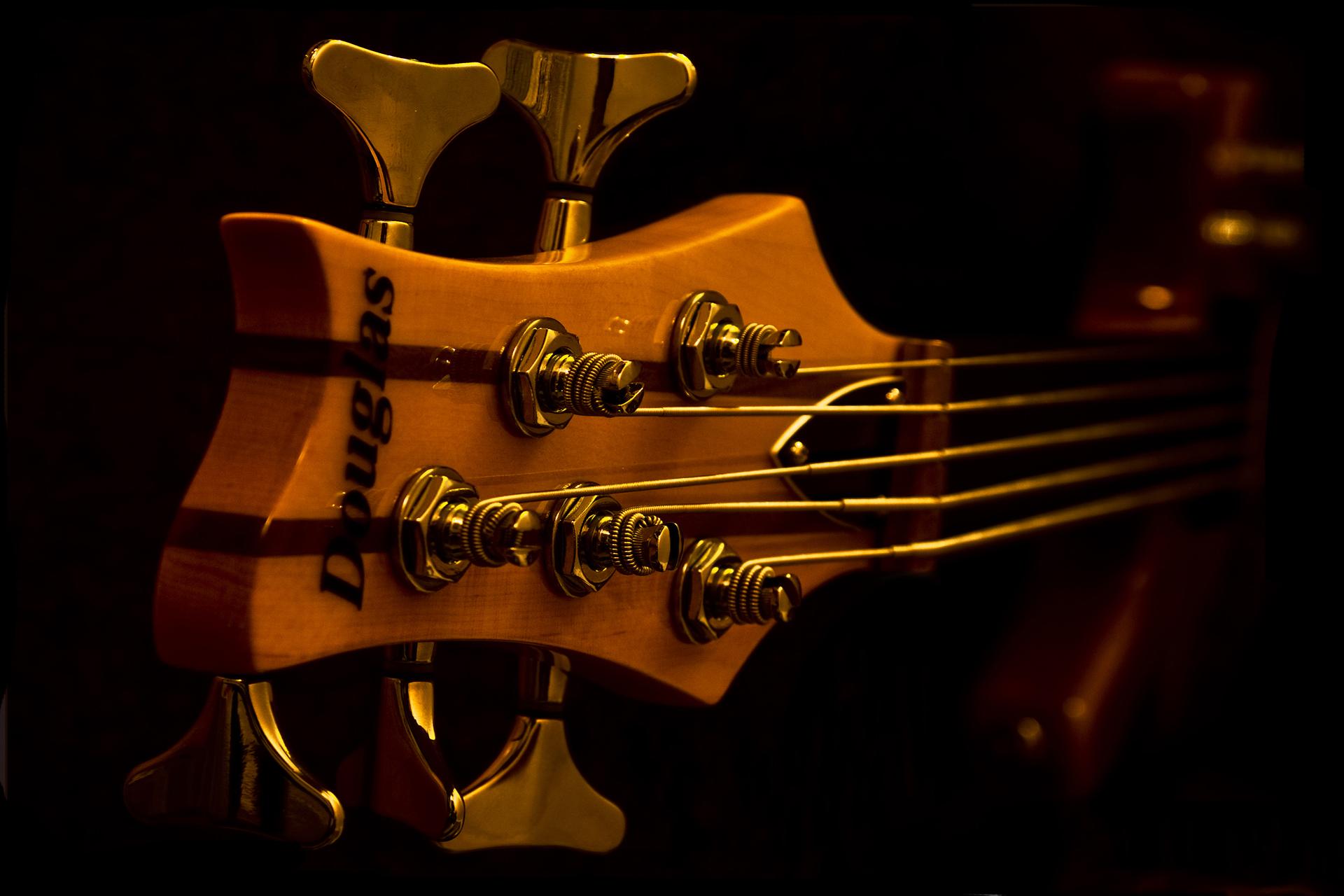 Регулировка бас-гитары - проблемы