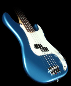 Fender Standard Precision Bass Lake Placid Blue